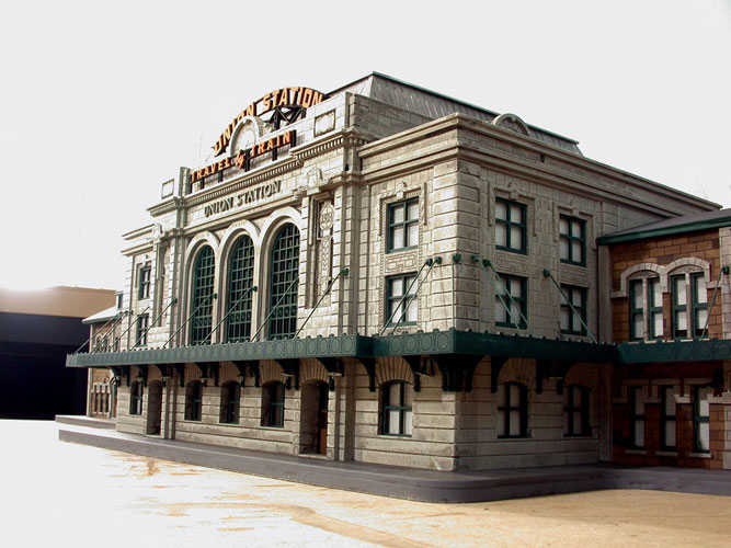 Union Station Denver. Cortesía de Custom Model Railroads