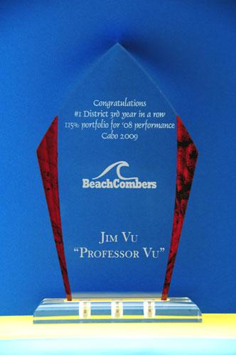 Premio en acrílico con grabado láser