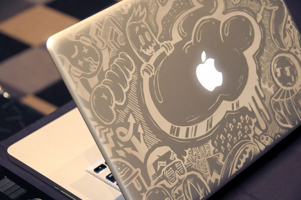 MacBook marqué au laser